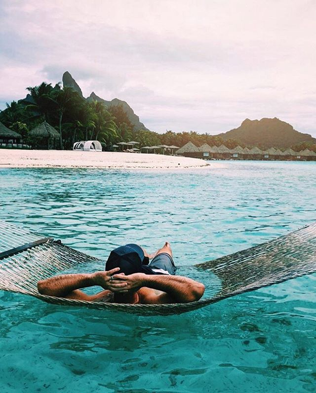 Views from Paradise. 🌴 @stregisborabora 📸: @amymariecarp . . . . #travel #travelblogger #BoraBora #beautifuldestinations #adventure #vacation  #ocean #lifestyle #beach #getaway #tropical #beautifulhotels #luxurytravel #stregishotels