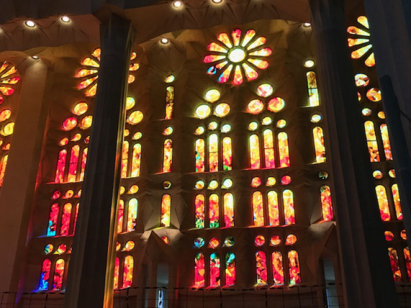 Sagrada Familia Inside.jpg