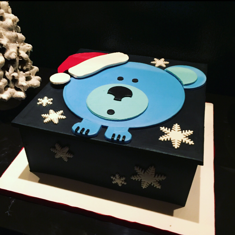 Silber Fuchs' Christmas Party Cake