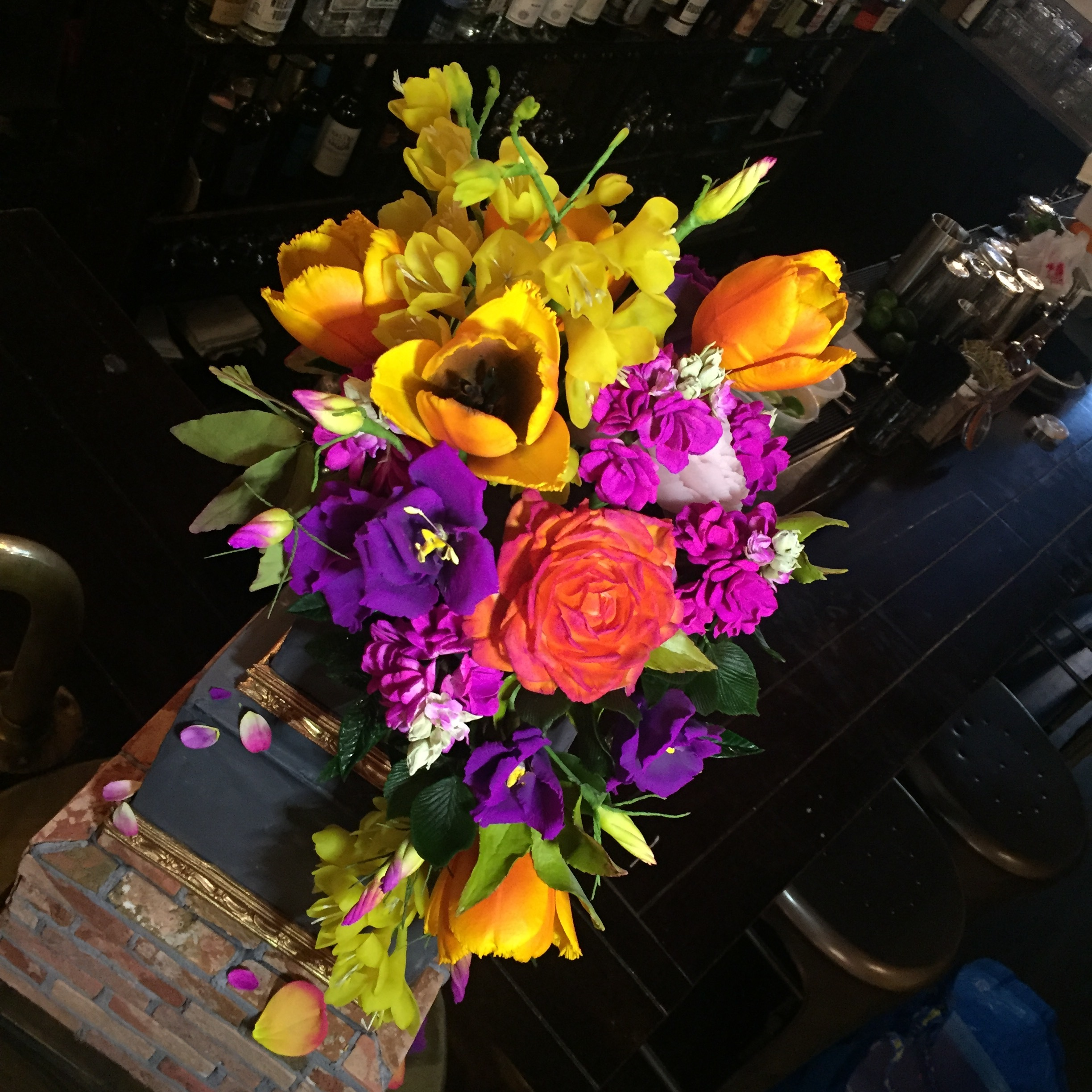 Bright pops of color from, lisianthis, roses, freesia, stock, tulips and greenery all made from sugar!