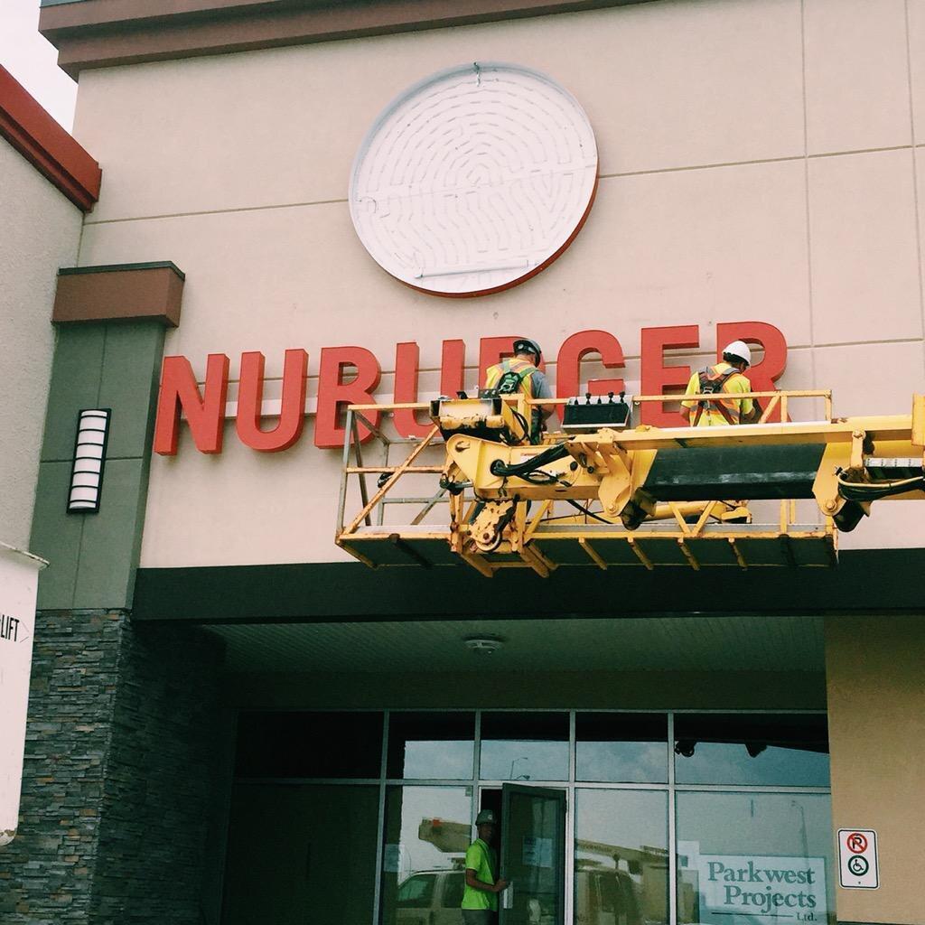 Nuburger 2.jpg