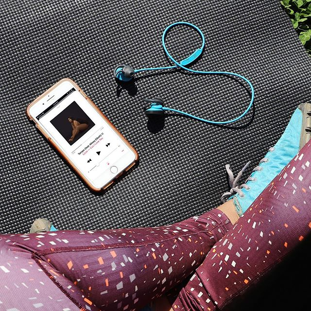 I NEED TEMPO 👏🏾 What's your go-to workout jam 🎶 right now? #SweatNowGlowLater