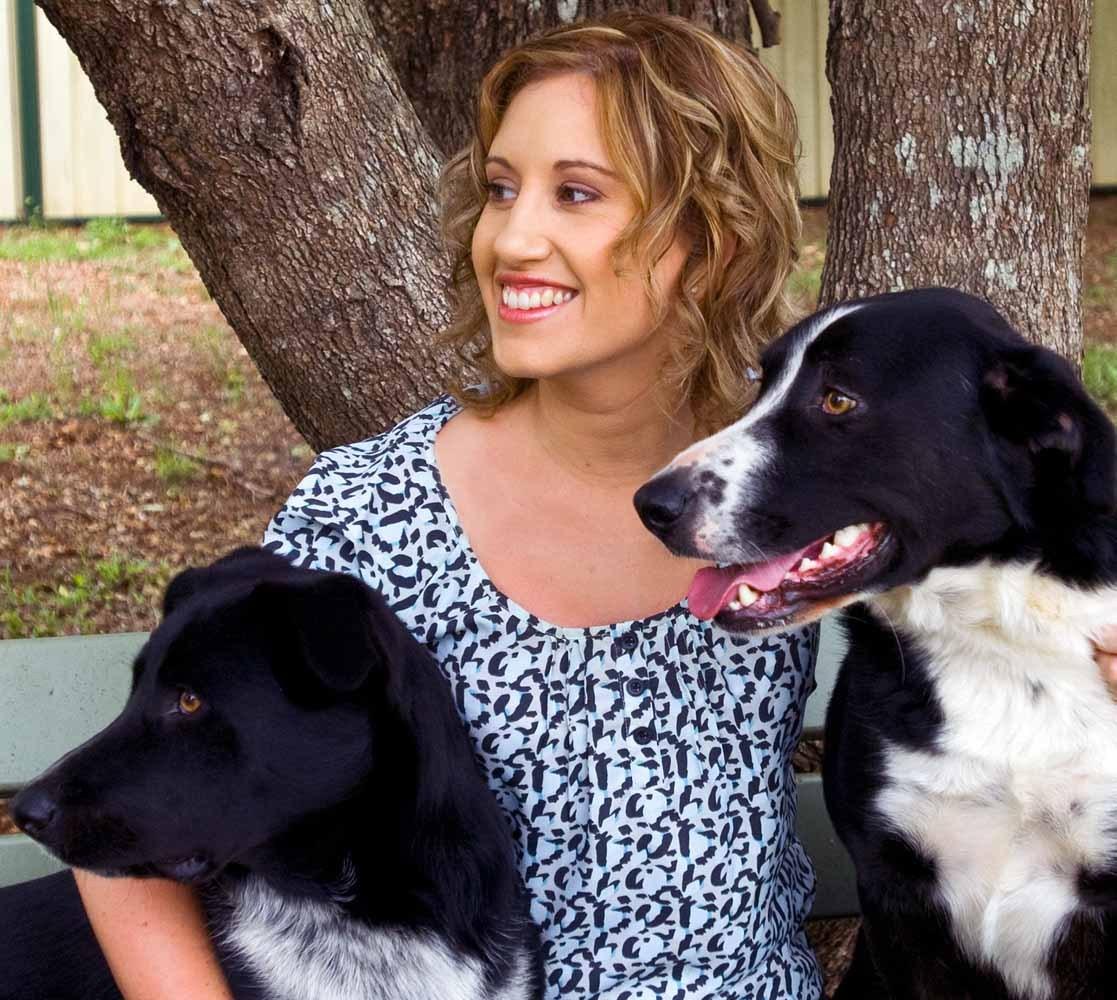 Kellie-Byrnes-dogs-colour-1.jpg