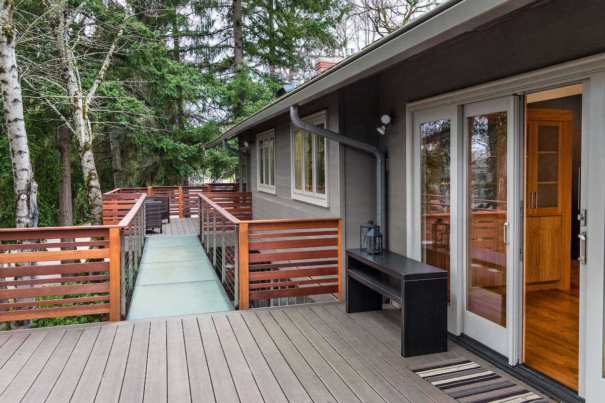 Looking to the living room deck