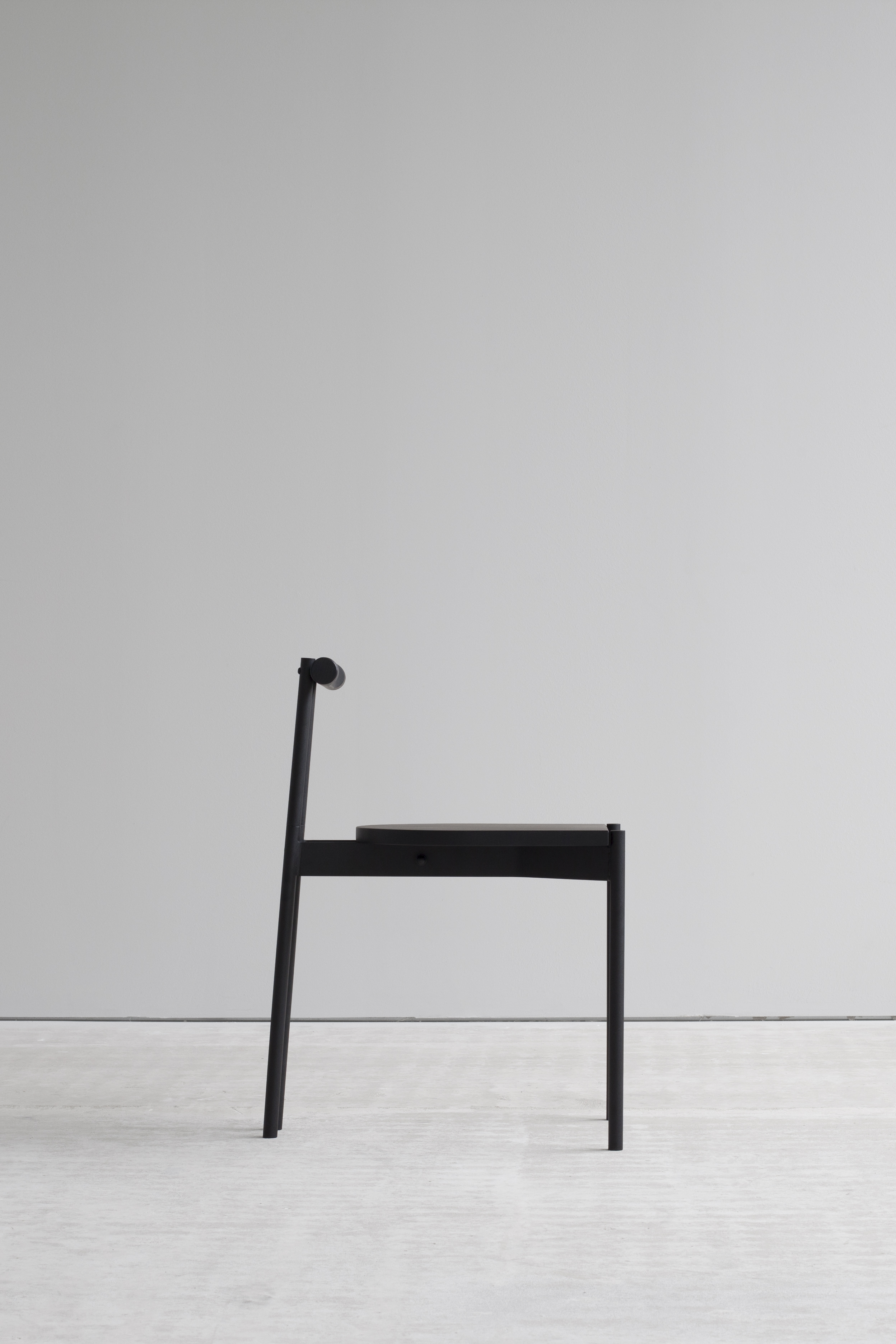 Lintel chair side