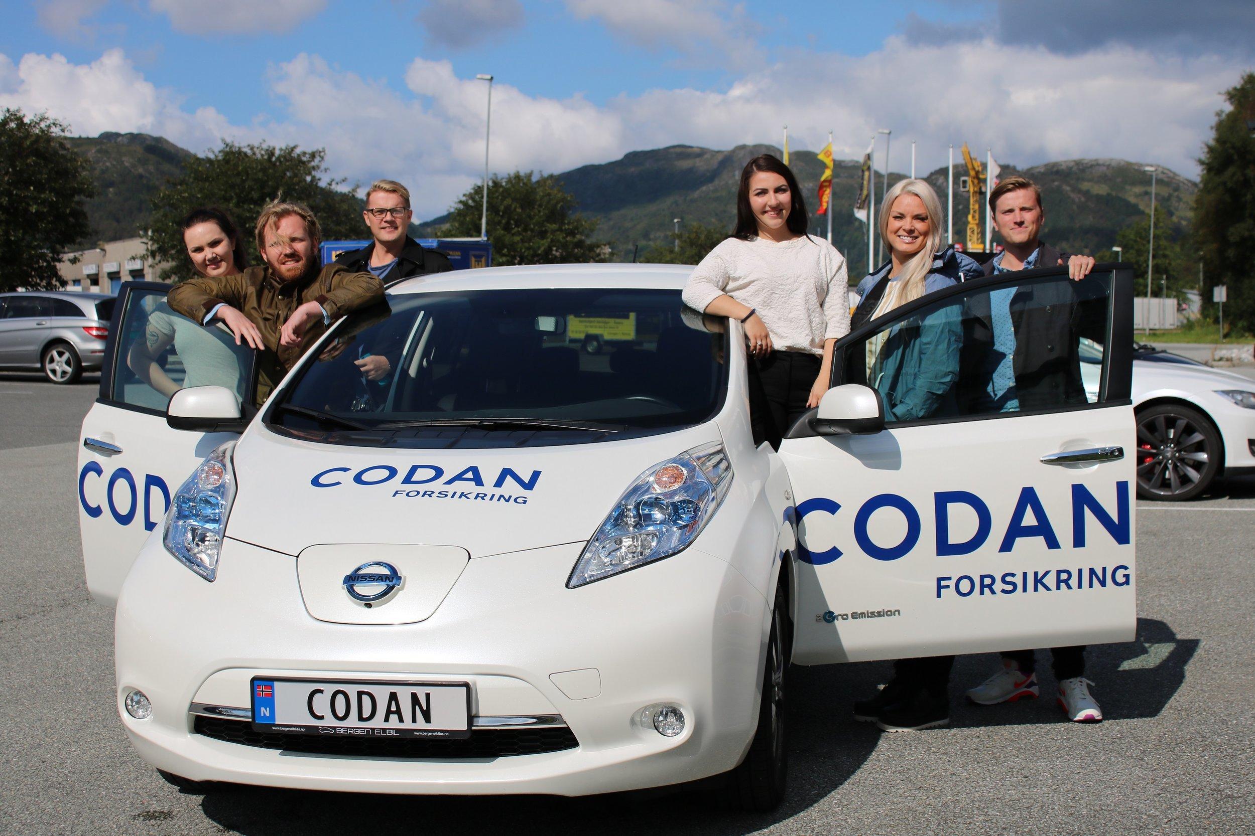 Rådgiverne hos codan i åsane har sin egen codan-bil de benytter i kundemøter.
