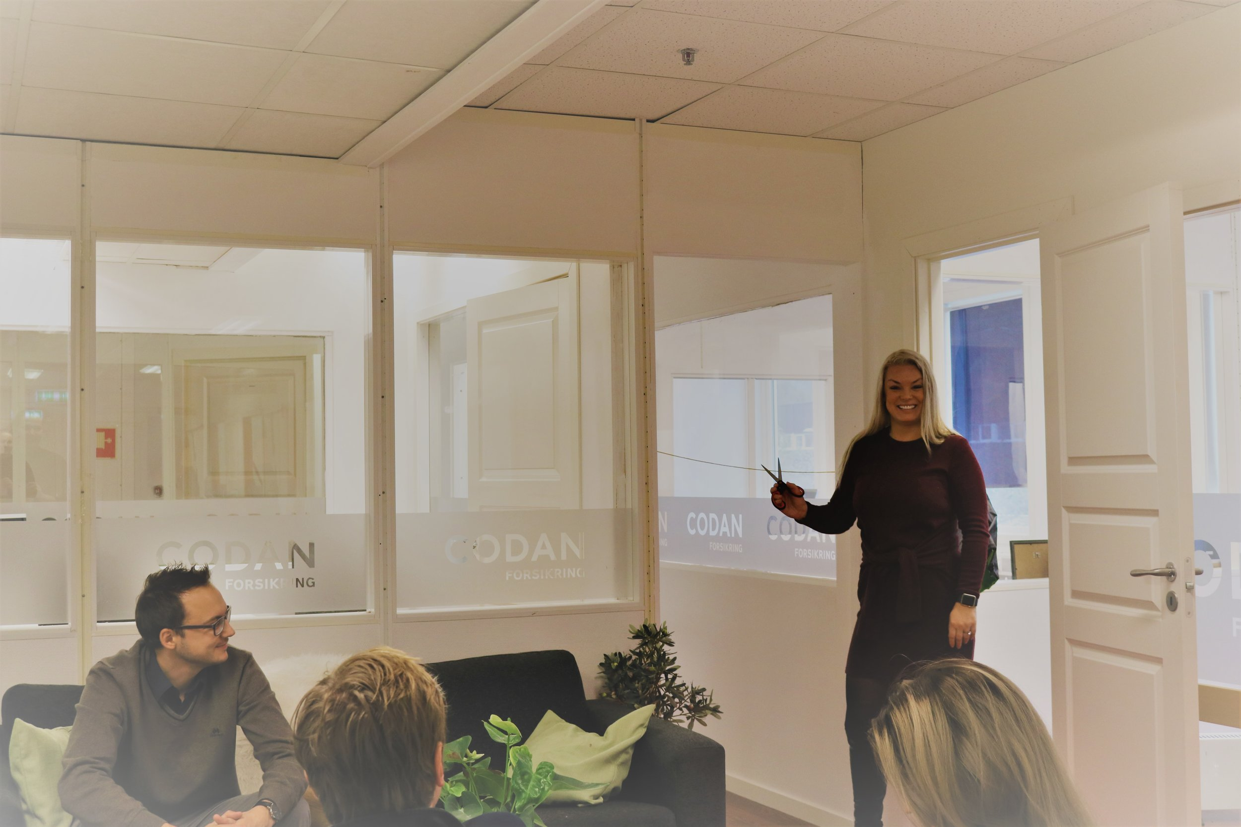 I dag var det snorklipp og offisiell åpning av kontorfløyen med plass til fem nye forsikringsrådgivere hos Codan i Åsane.