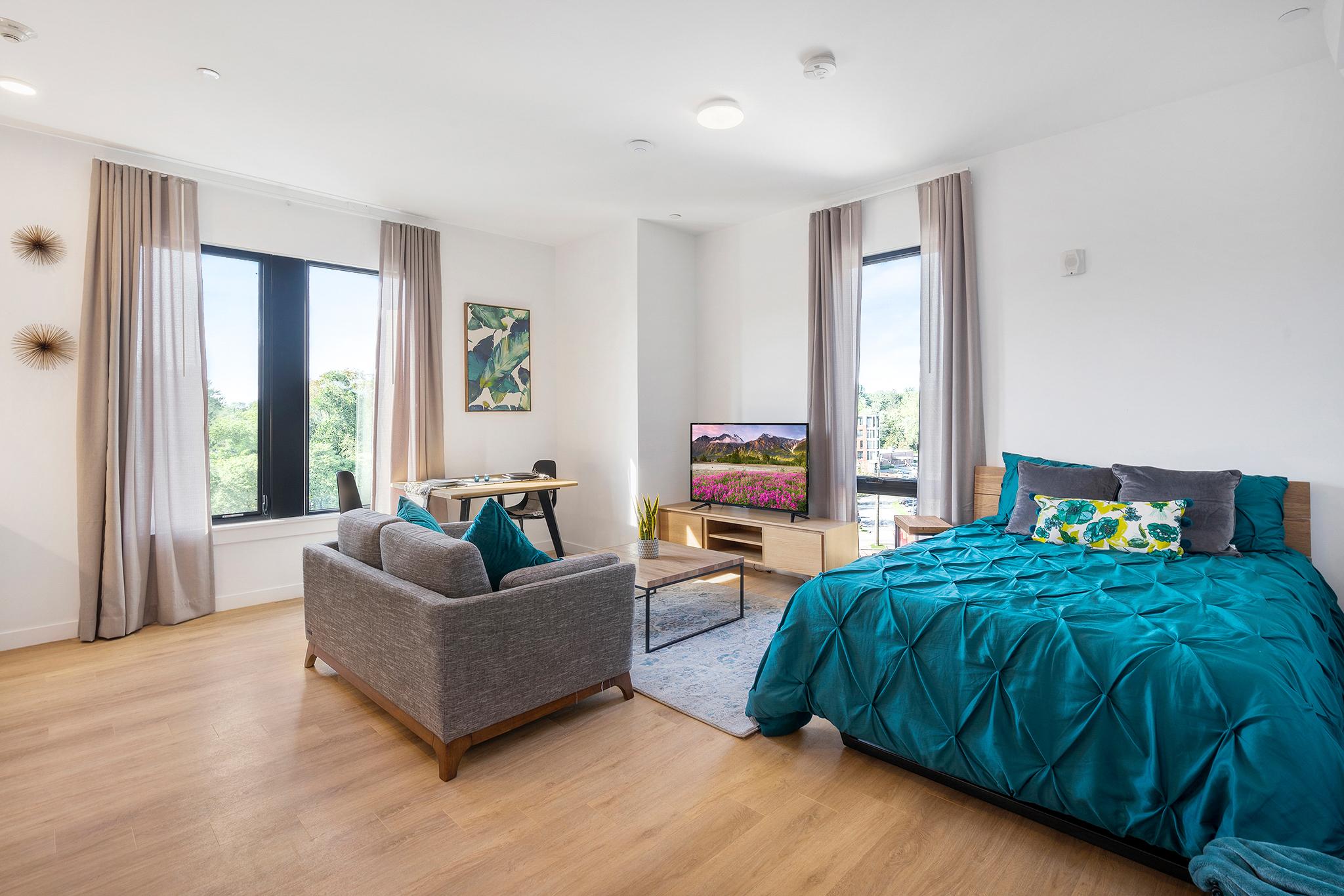 Living & Sleeping Area