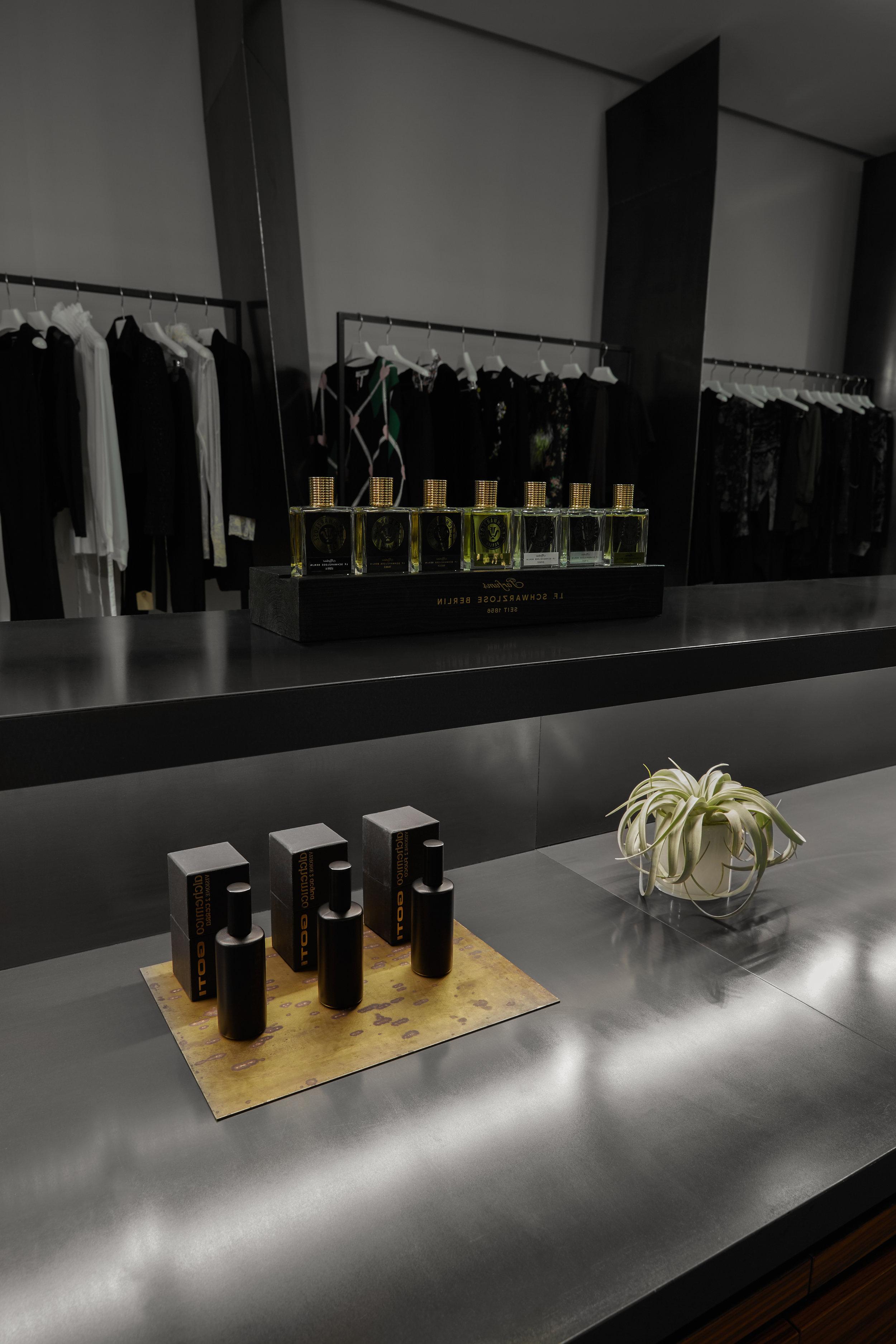 Henriette L Boutique & Parfums High-Res (PRINT)9.jpg