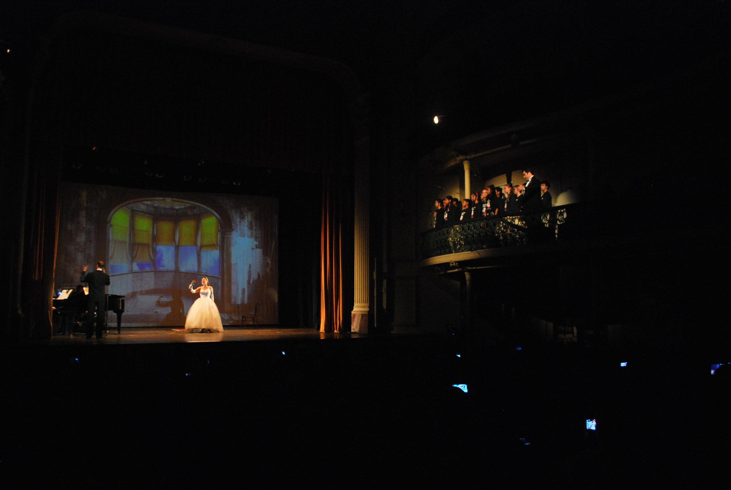 O Fantasma da Ópera em 5 cenas.jpg
