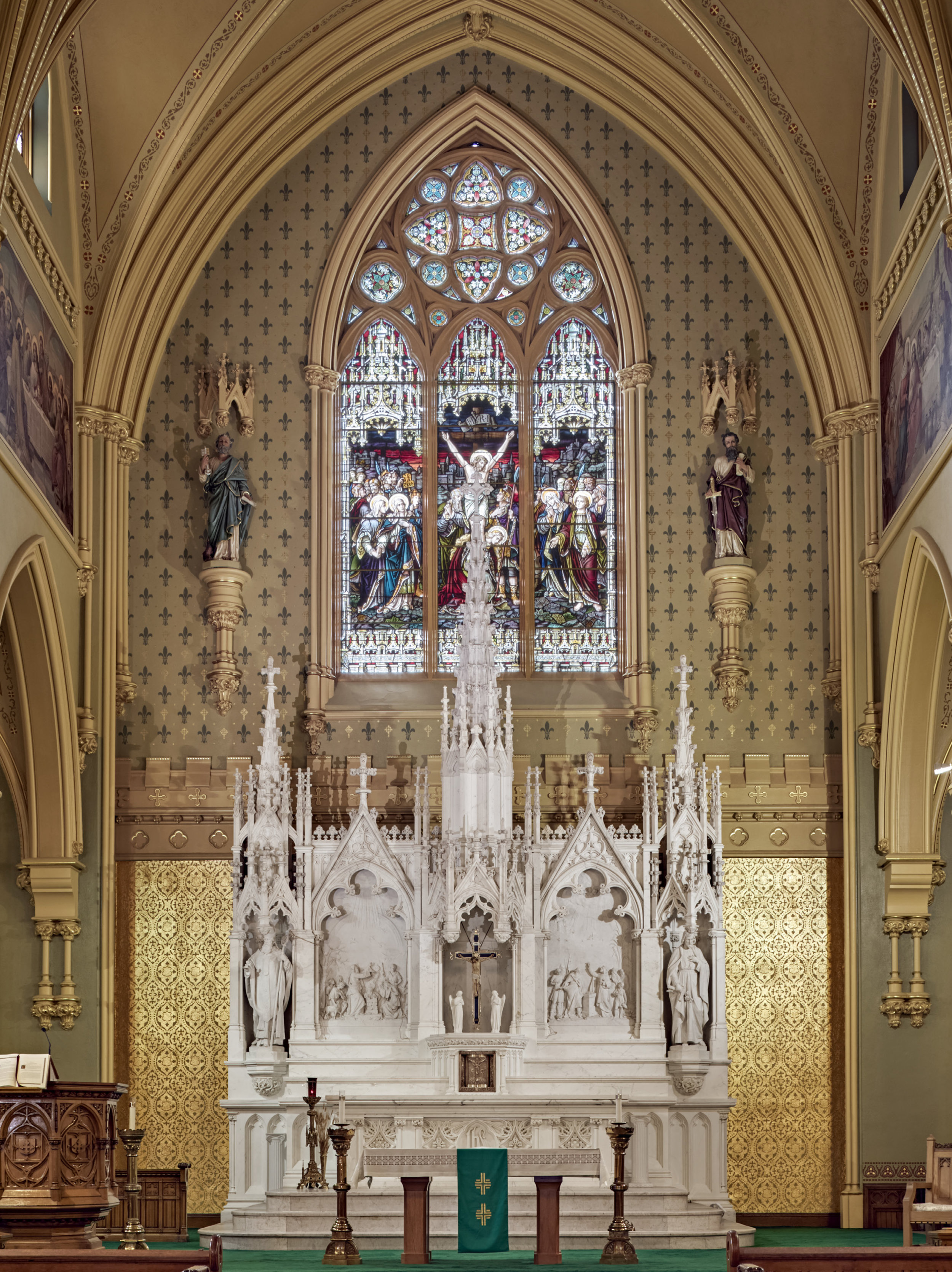 _Altar-St Pat's Lowell.jpg