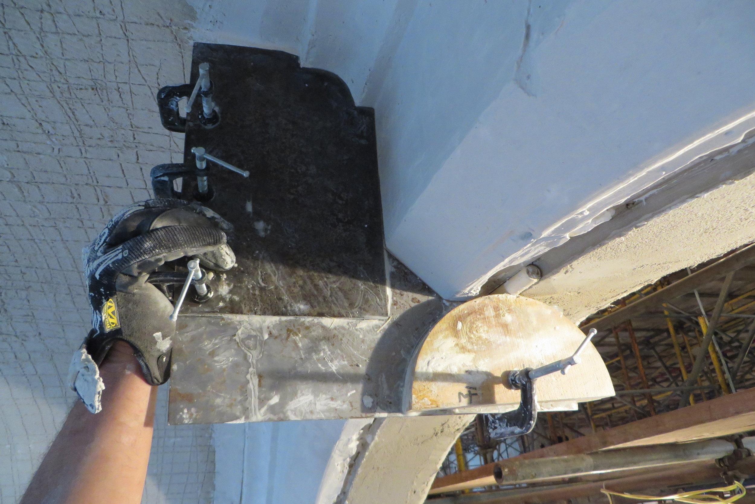 running-mould-plaster2.JPG