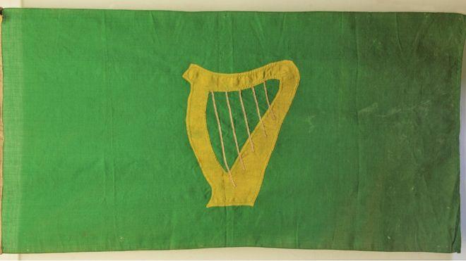 Green Harp Flag