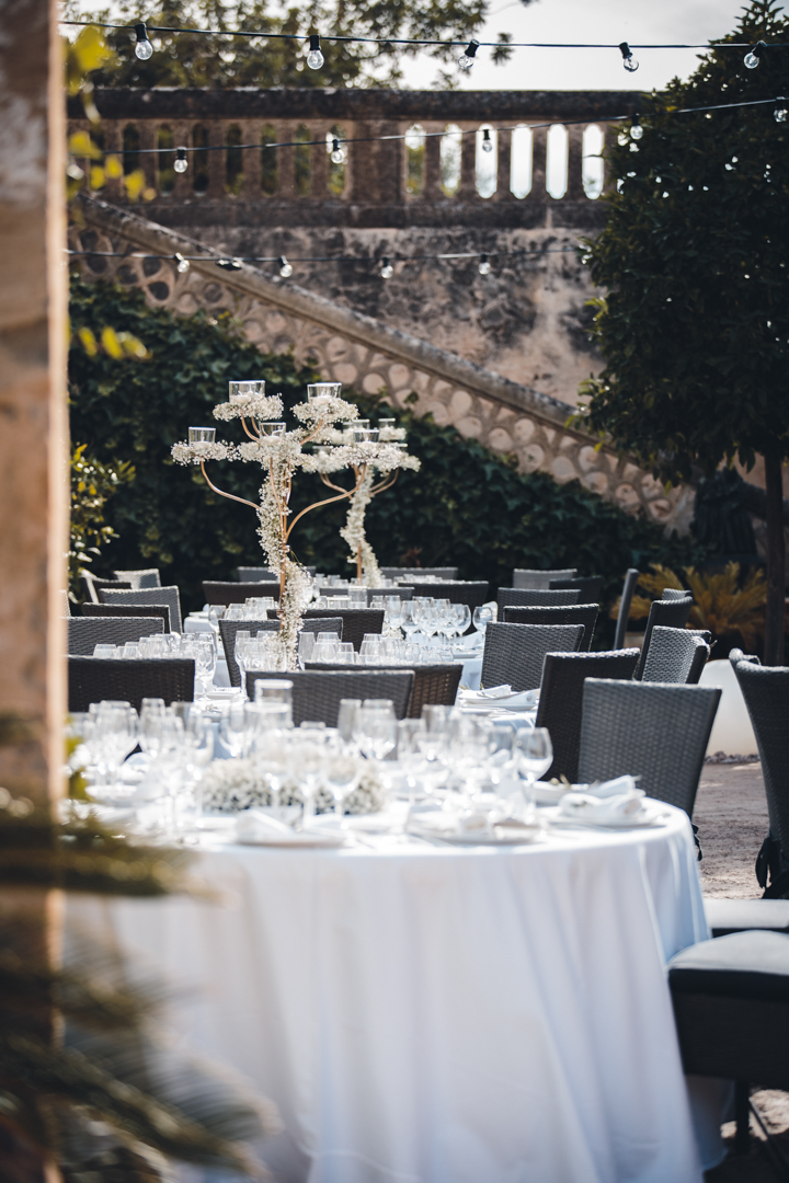 wedding photographer mallorca dominic lula wedding table details