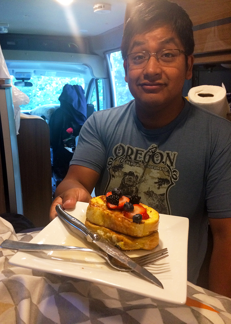 World class service at Casa Toohey...french toast delivered right to my van bed!