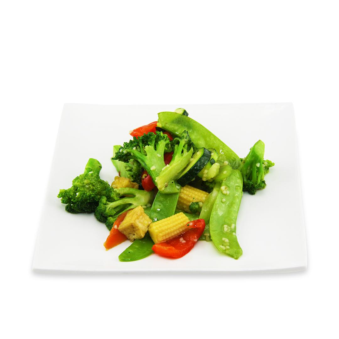 Tofu et légumes varies à la sauce basilic -