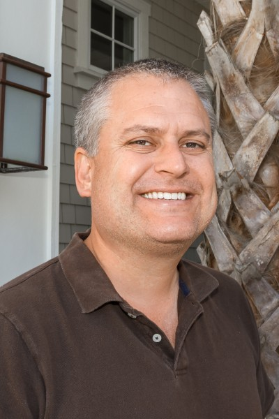 Steve Swain headshot.jpg