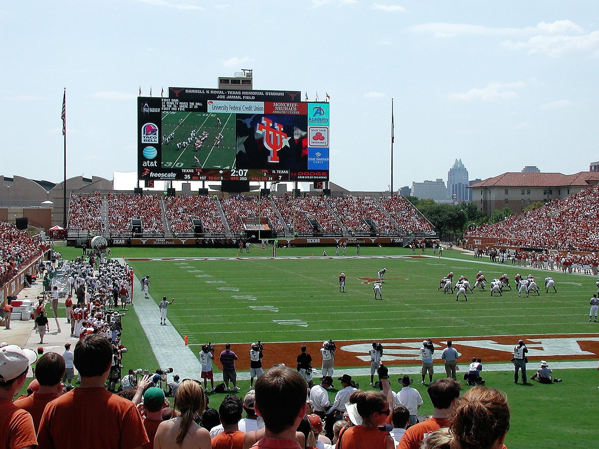 Univ of Texas.JPG