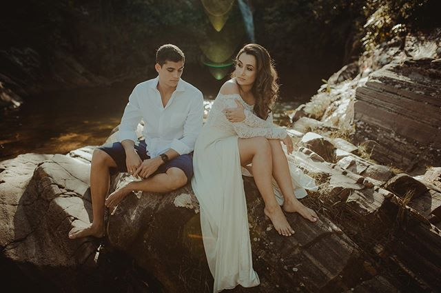 De ontem... @camilaatriz e @vithugosantos #robertnelsonfoto #noivasdegoiania #prewedding #pirenopolis