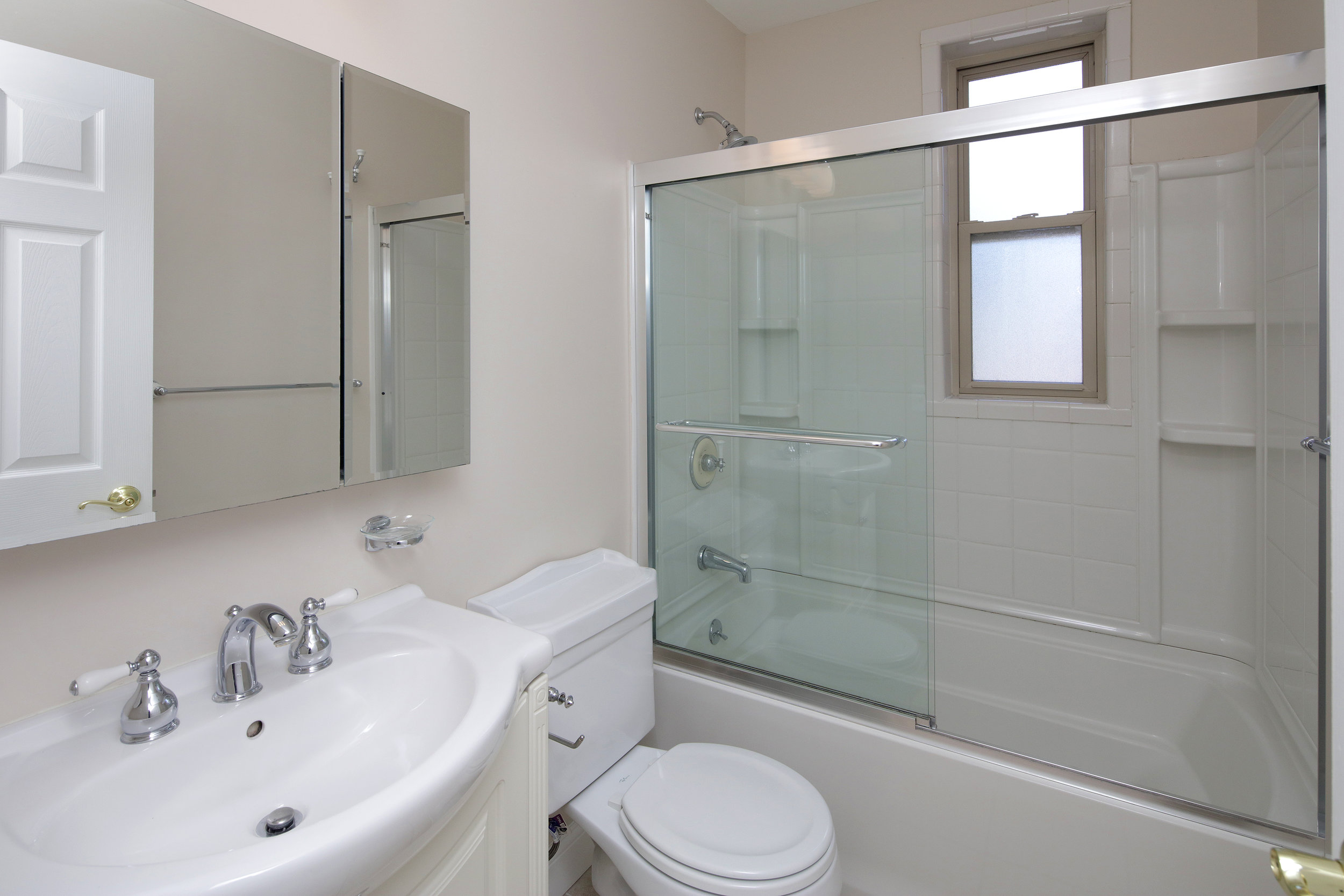 2 Bed Large Bath