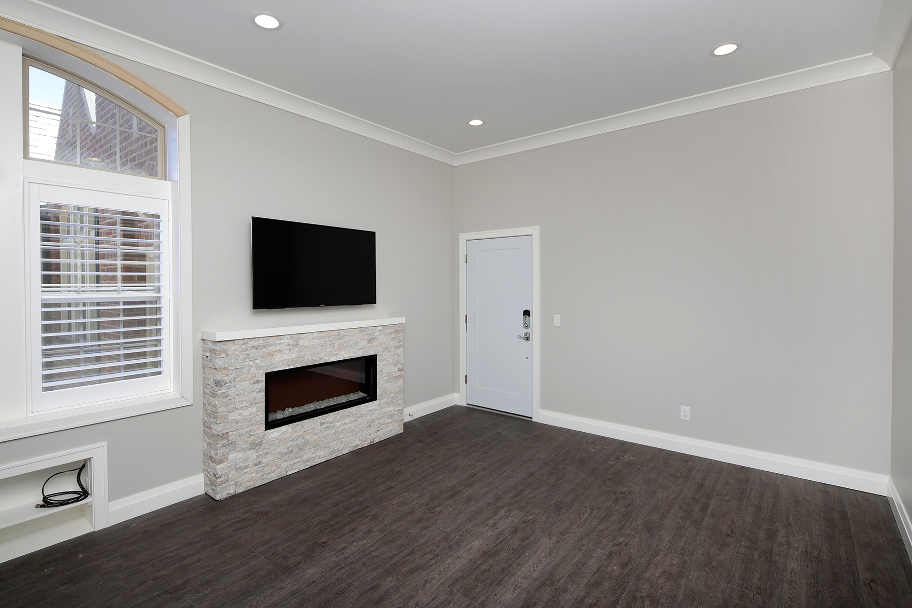 Large 2 Bed Penthouse Living Room