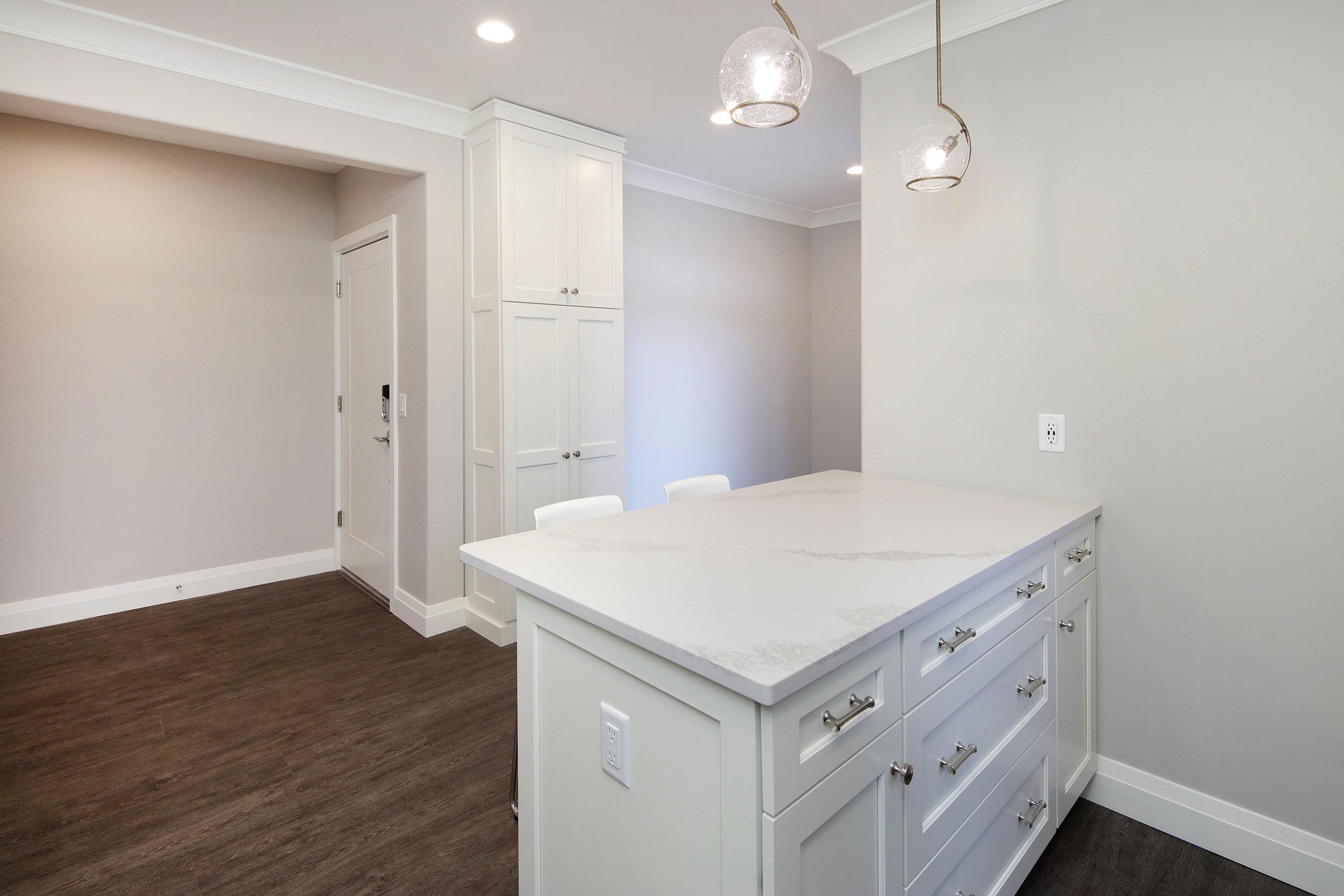 1 Bed Kitchen & Flex Room