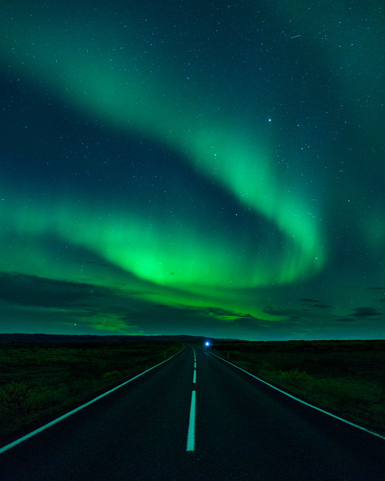 Running through the night whilst targeting a 127km run. Motivation provided by the aurora.