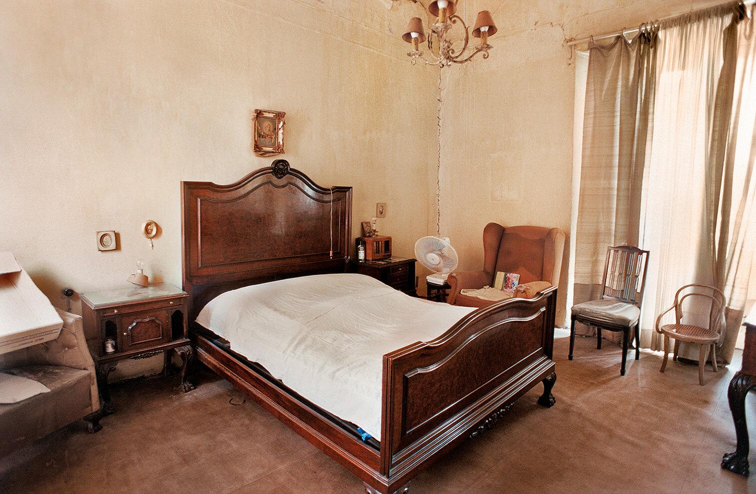 21 Dormitorio-Bedroom 2001 copia.jpg