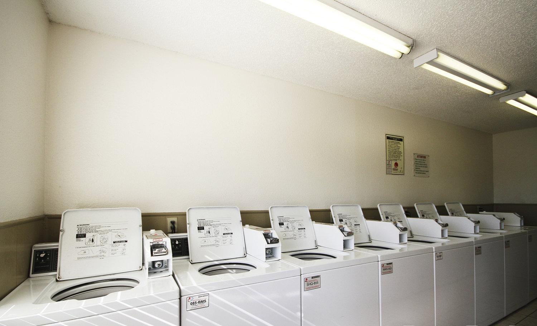 6091_hdp_savannahridge_ext_laundry.jpg