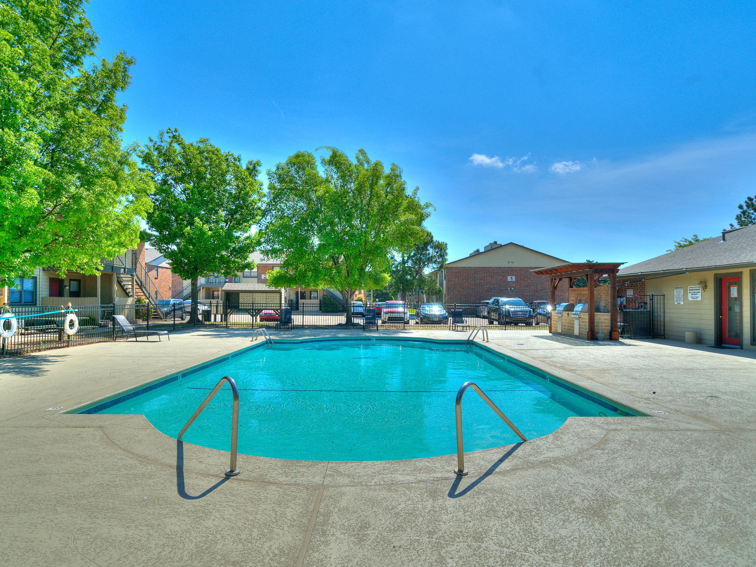 Savannah Ridge Pool Grill-9.jpg