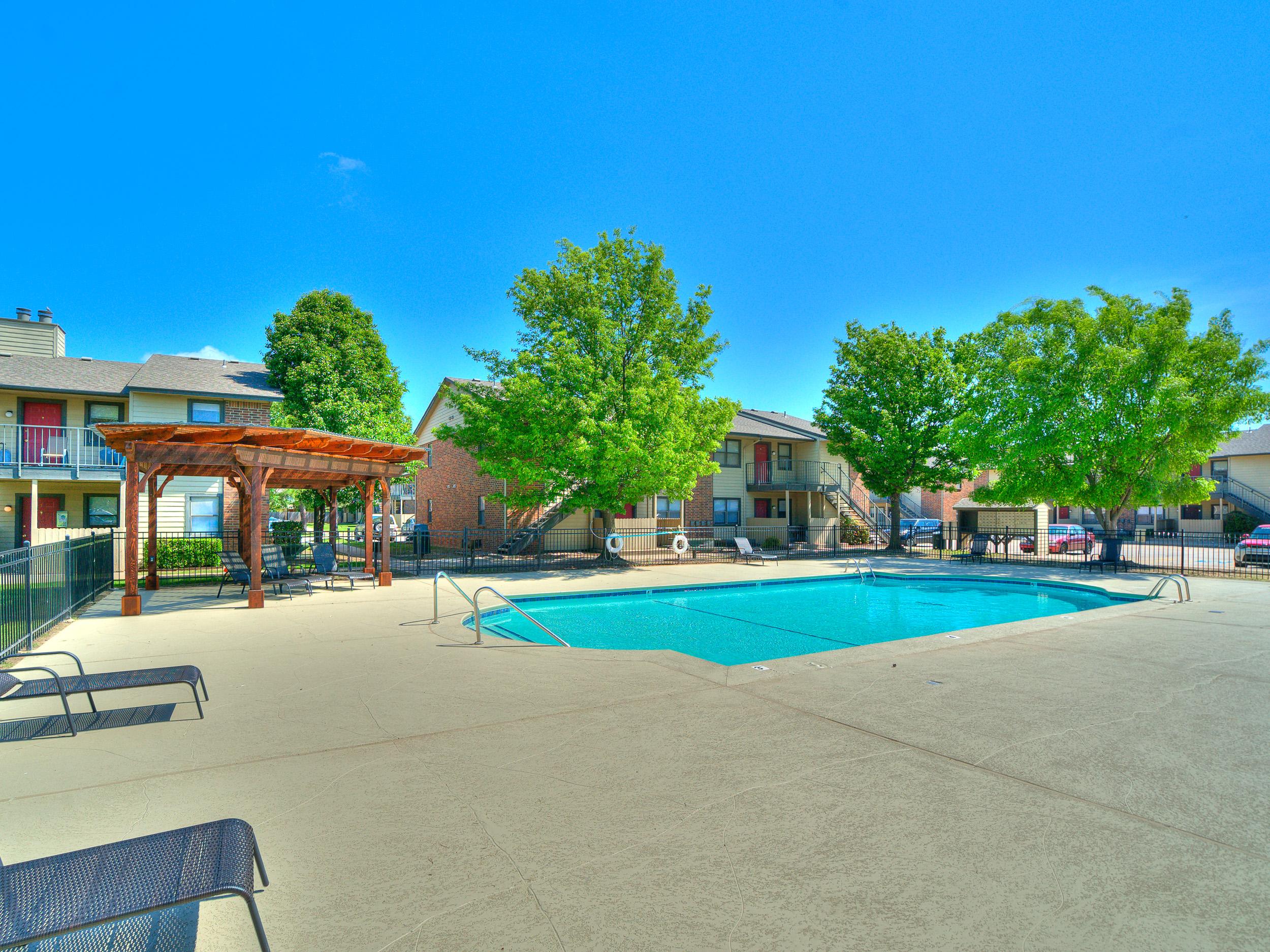 Savannah Ridge Pool Grill-8.jpg