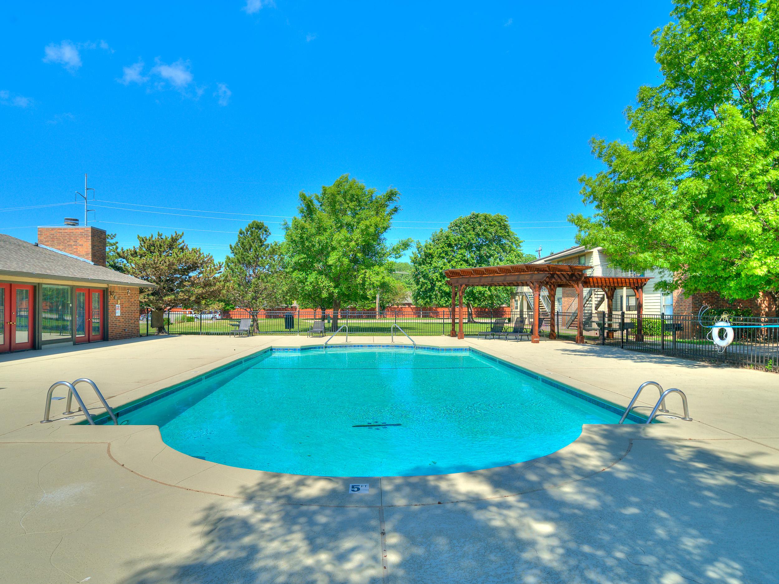 Savannah Ridge Pool Grill.jpg