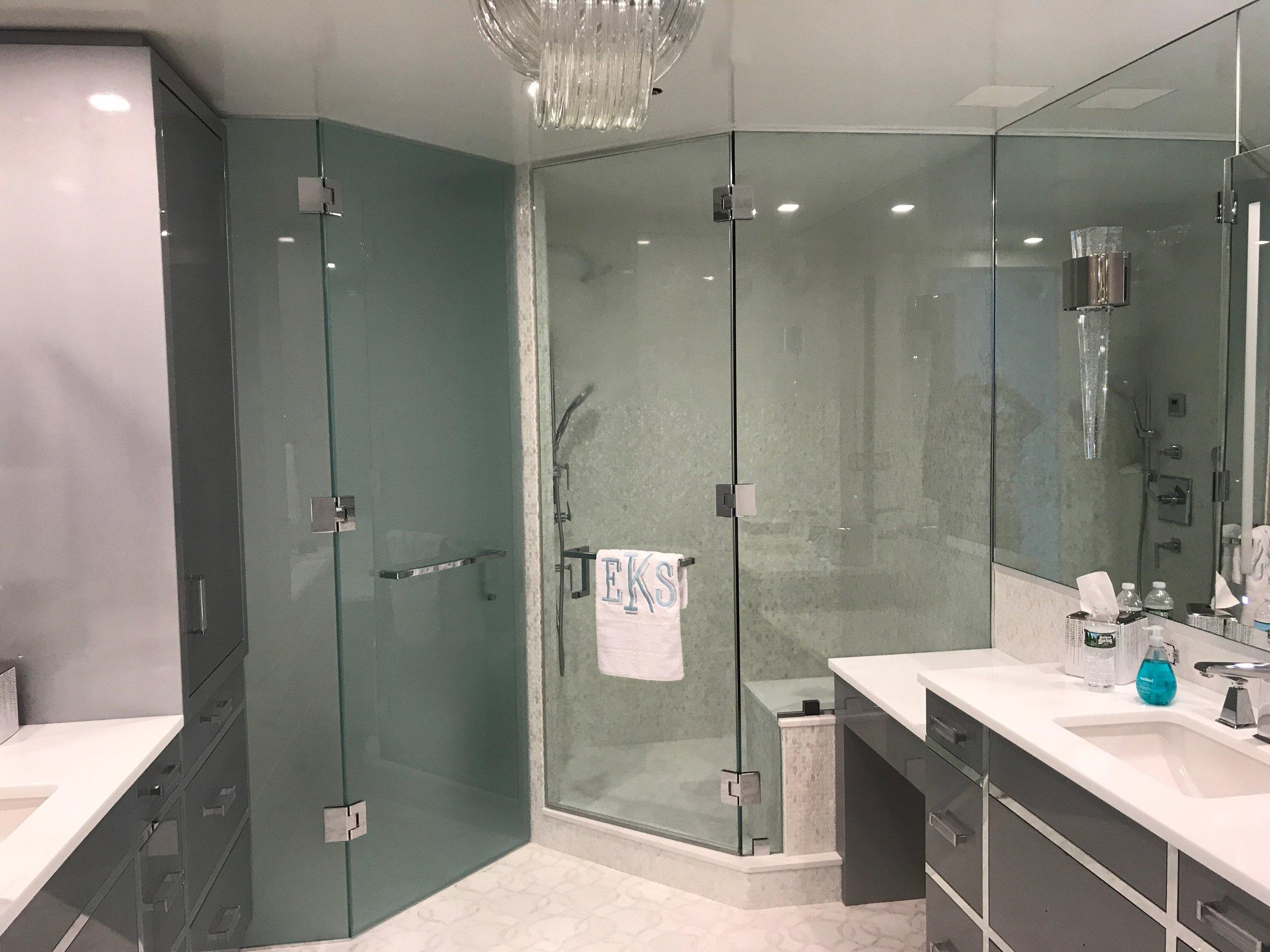 Sleek Manhattan Bathroom