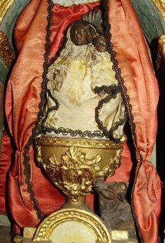Olot balck Madonna in sacristy 3.jpg