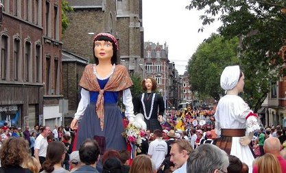 Liege, parade.jpg