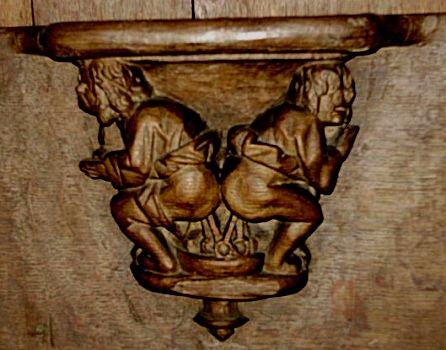 Walcourt,chair1.jpg