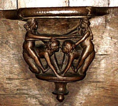 Walcourt,chair2.jpg