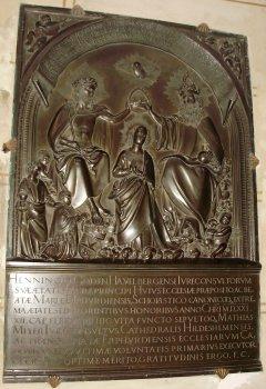 Henning Göde's memorial plaque photos: Ella Rozett
