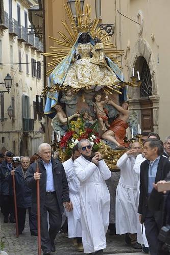 Arpino procession.jpg