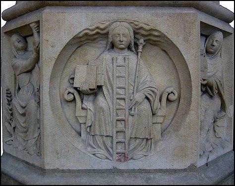 """""""Cibeles, Filosofía"""" en la iglesia Notre Dame de Paris"""