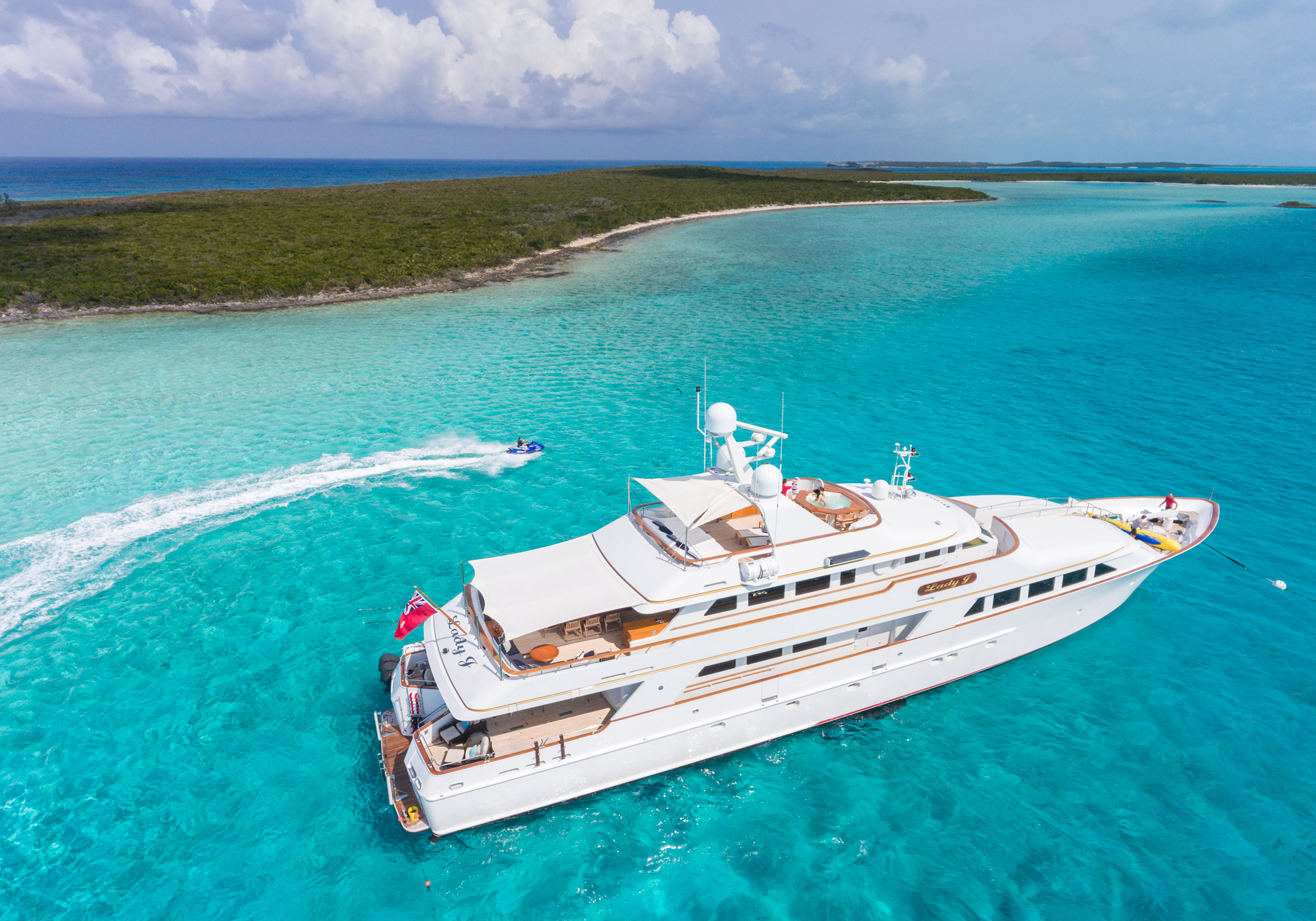 142'-Palmer-Johnson-LADY-J-Yacht-Photo-31.jpg