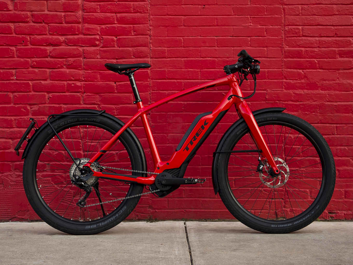 Trek SuperCommuter+ 8S - Class 3 (Pedal assist only, up to 28mph)