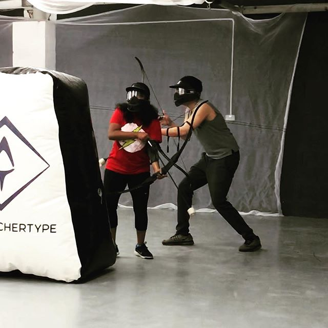 Be more flashy, step out from behind bunkers and obstacles to shoot! Whenever your bow is touching or pressed against another item it takes away the energy and power from your shot. So take a nice step away , draw fully, aim and shoot! 🏹🤫 #combatarchery #manchester #thingstodoinmanchester #manchestergroup #archerytips