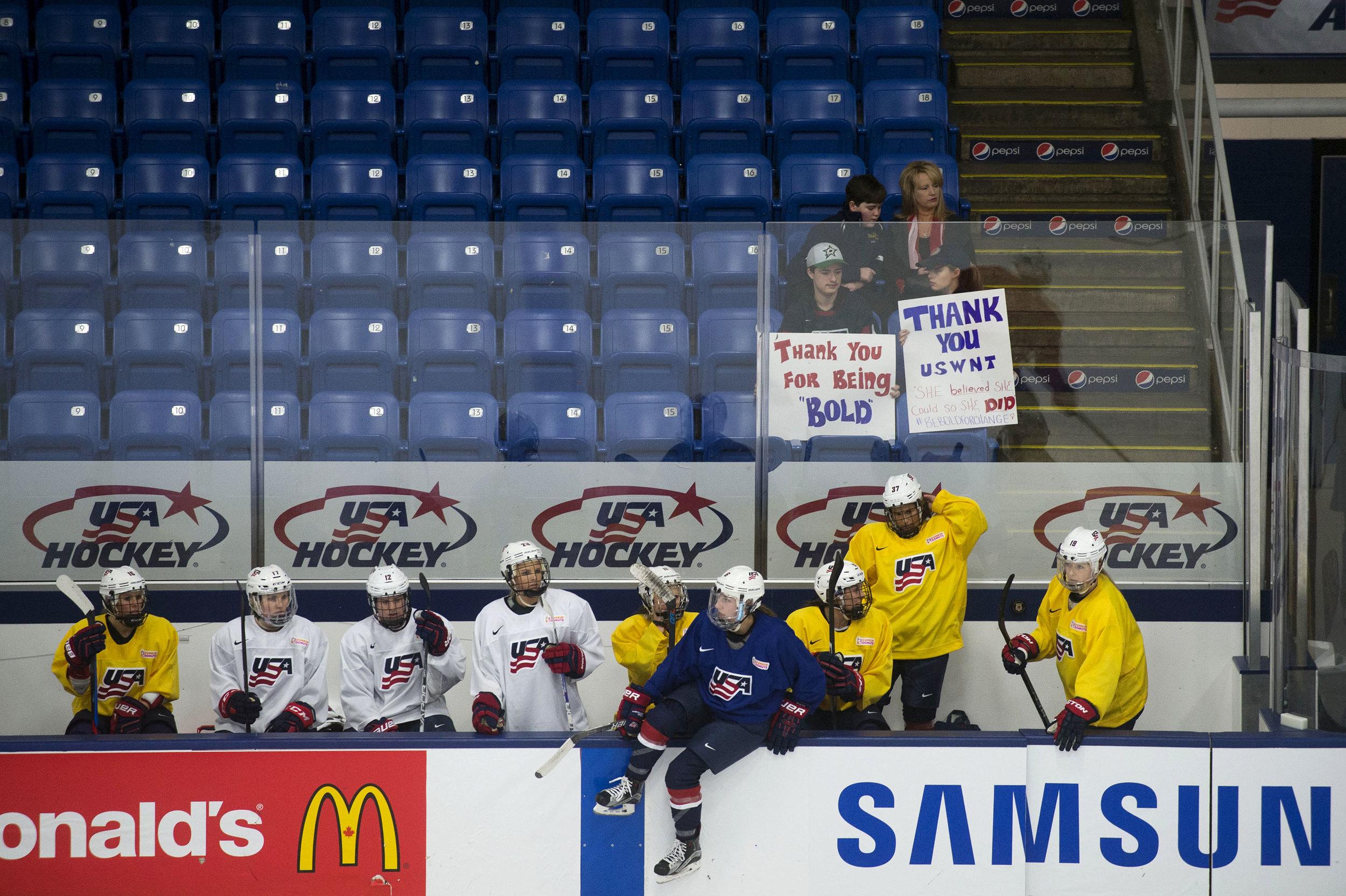 USA _Women's_Hockey_13.jpg