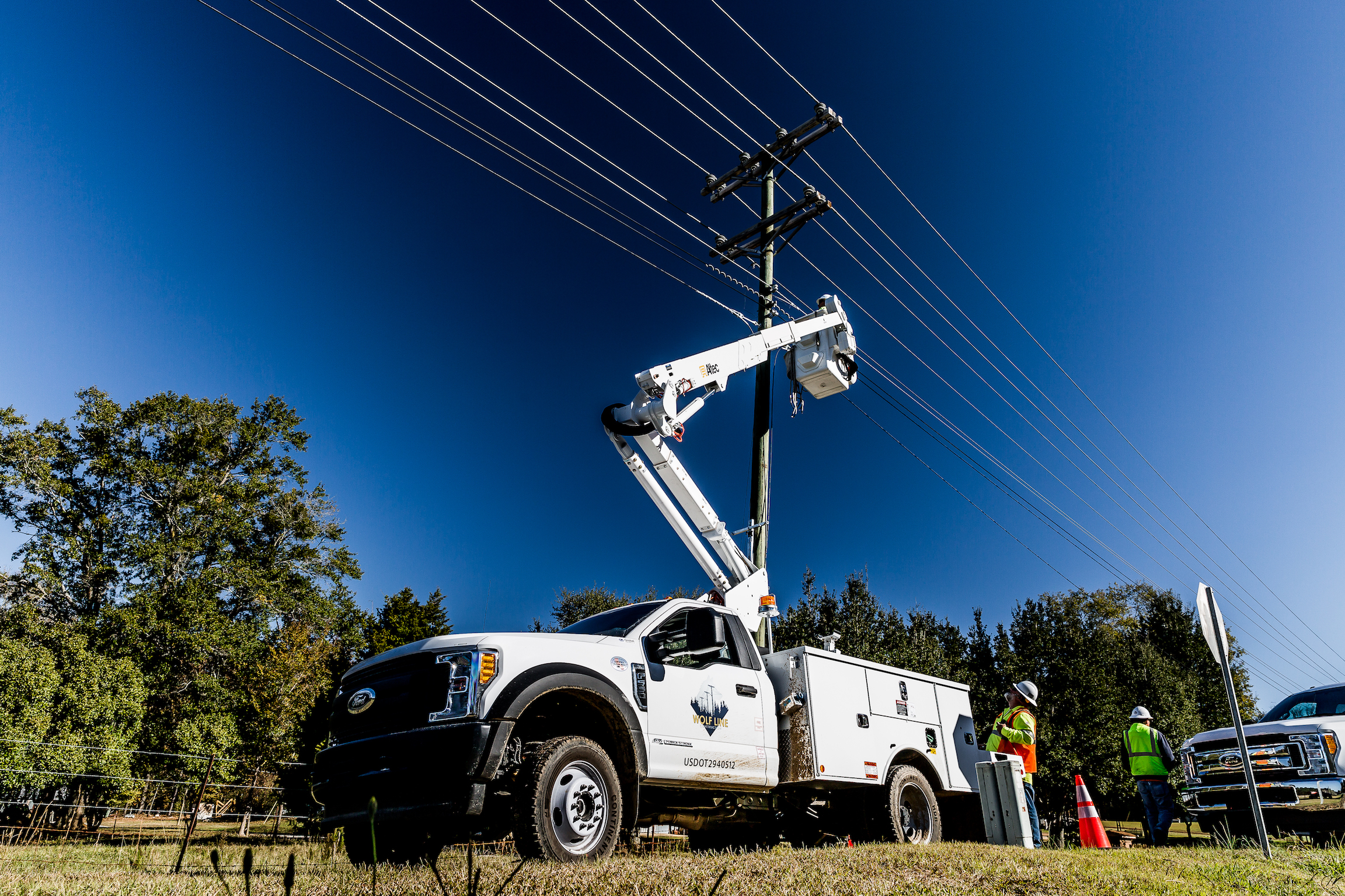 Fiber Optic Cable Installation Specialists   Wolf Line Construction    Learn More