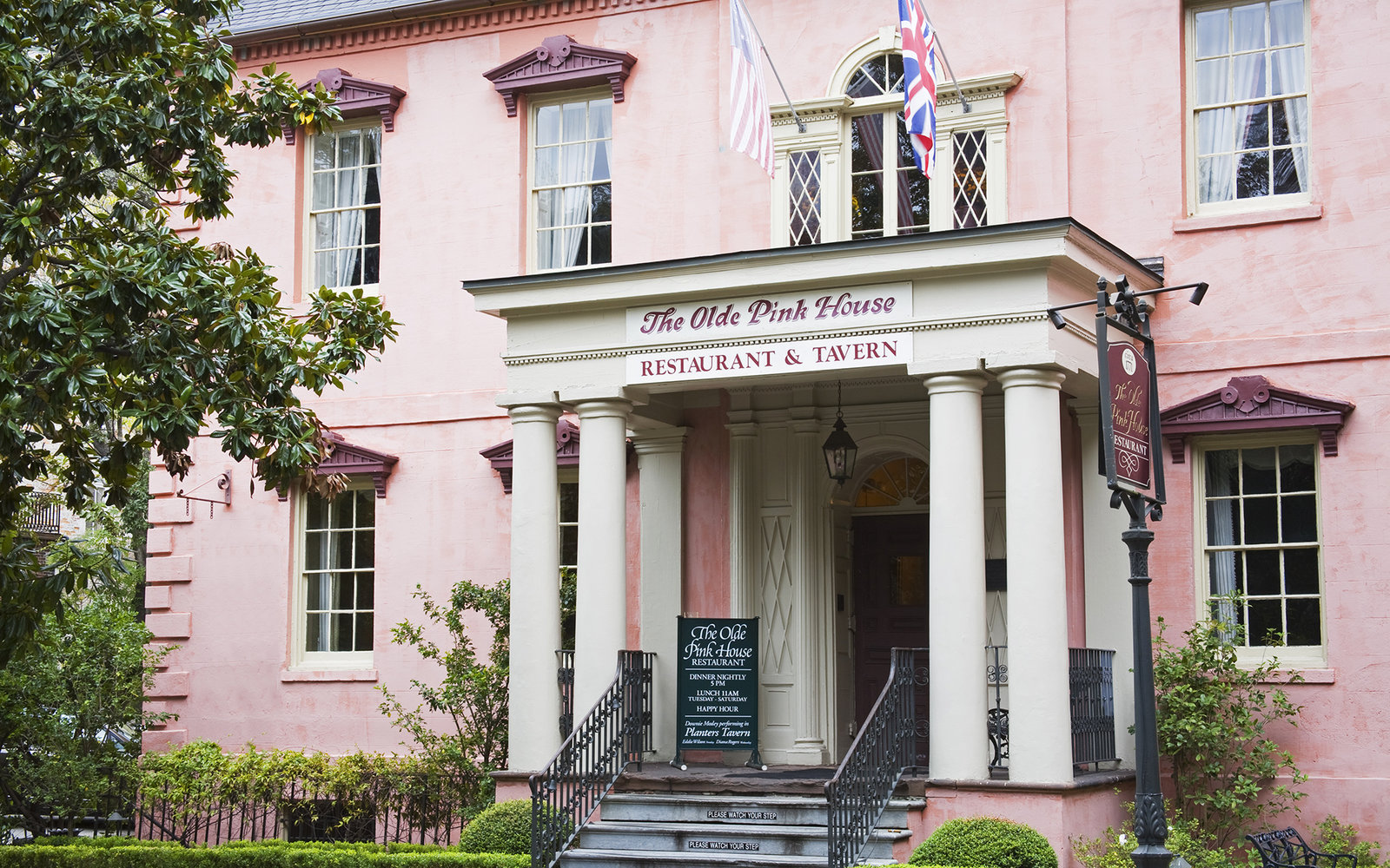 the-olde-pink-house-savannah-sv0117.jpg
