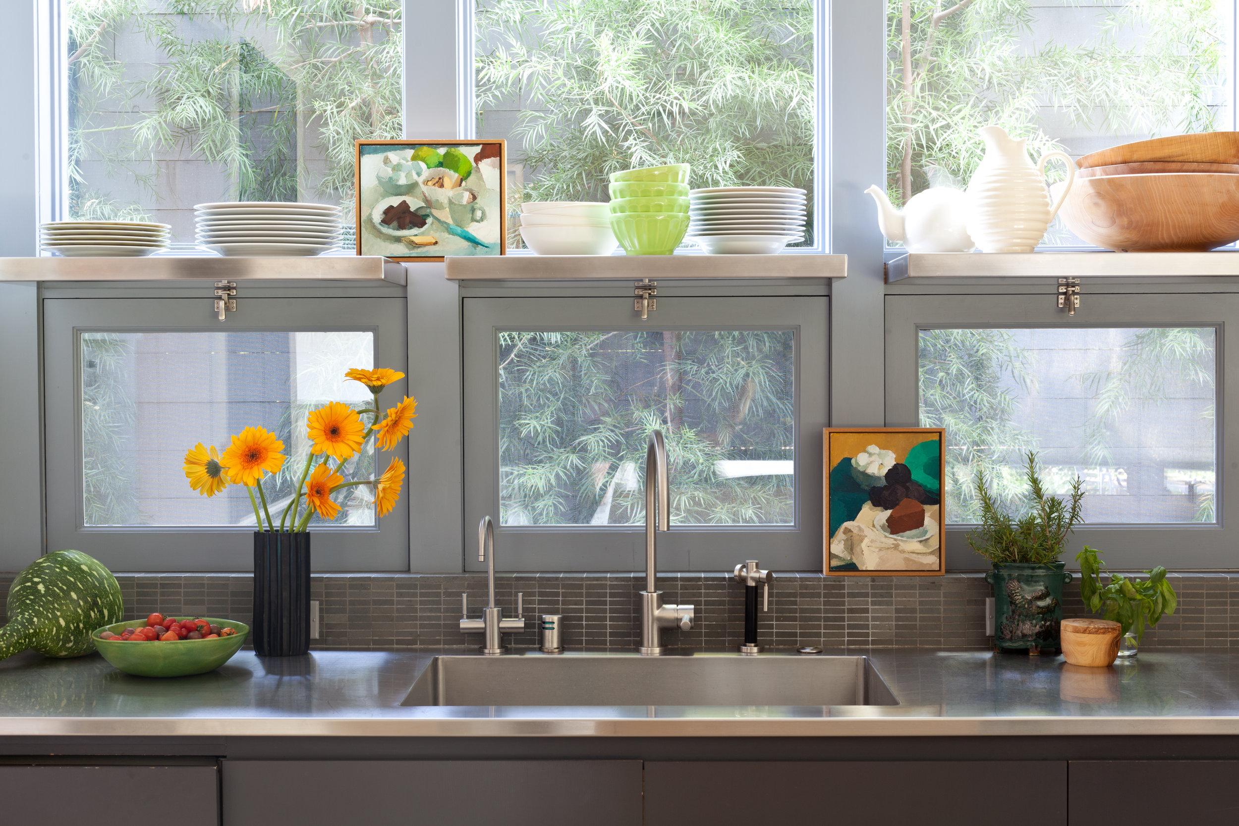 Brentwood_kitchen_sink.jpg