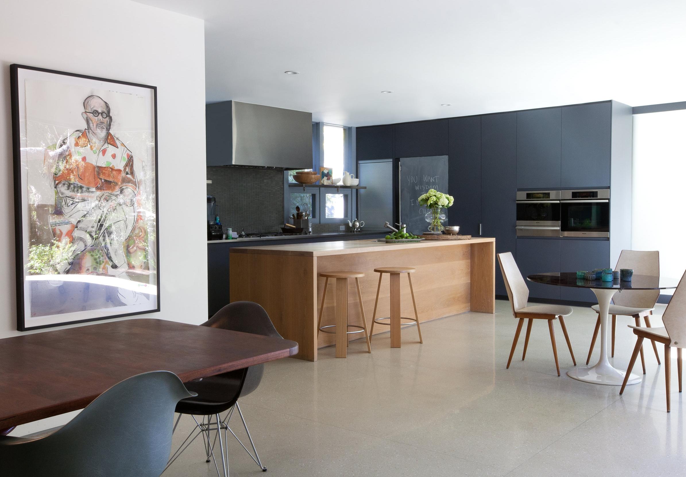 Brentwood_kitchen_wide.jpg