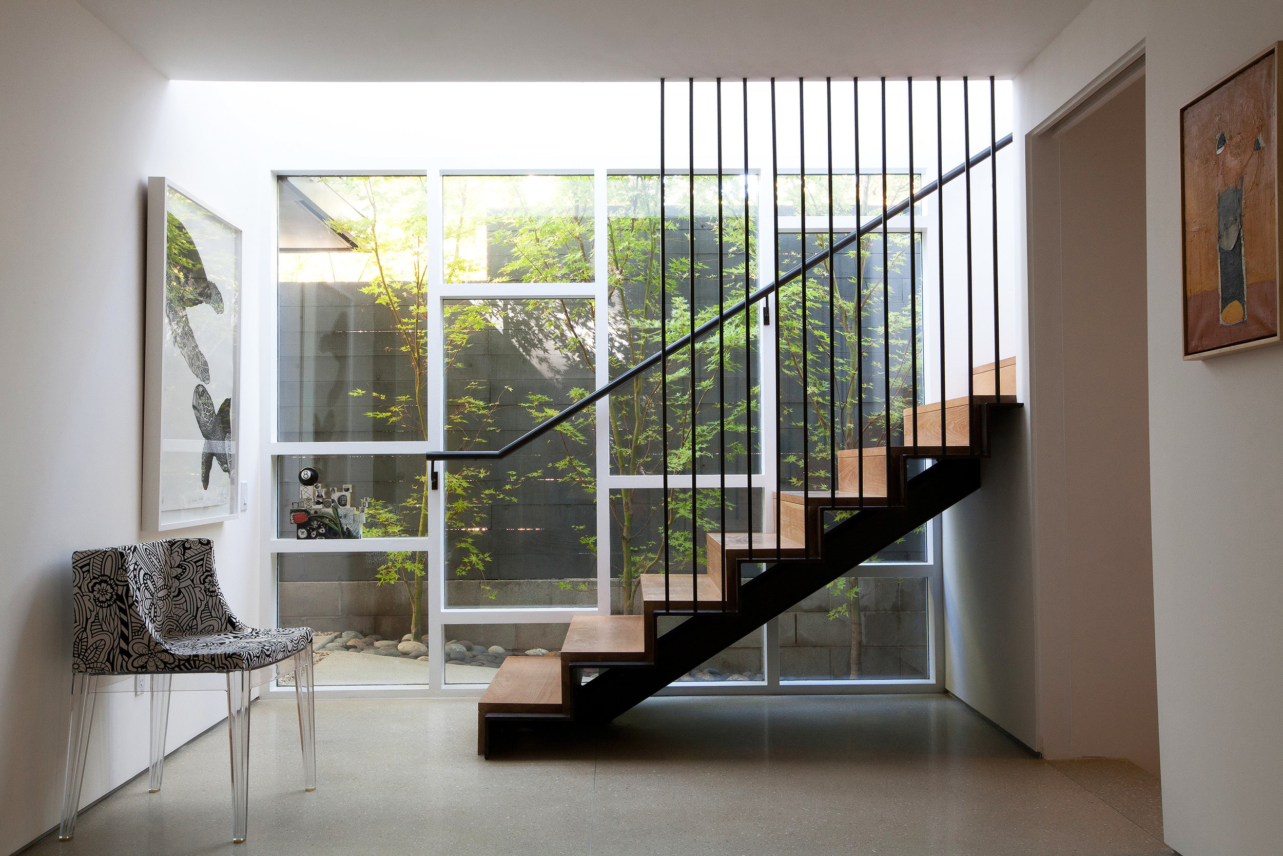 Brentwood_stairsRESIZE 2.jpg