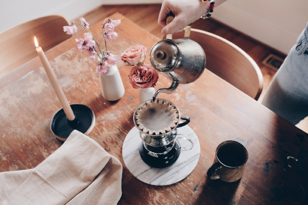 Vintage home decor set up for coffee date